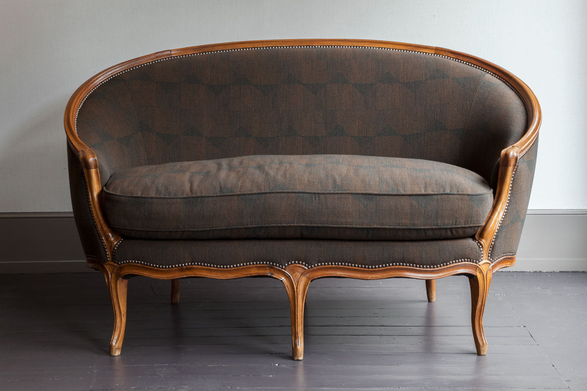canap corbeille louis xv peter kammermann. Black Bedroom Furniture Sets. Home Design Ideas